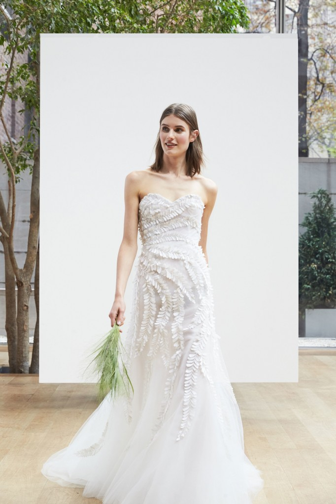Oscar de la Renta Bridal (Courtesy of Vogue.com)