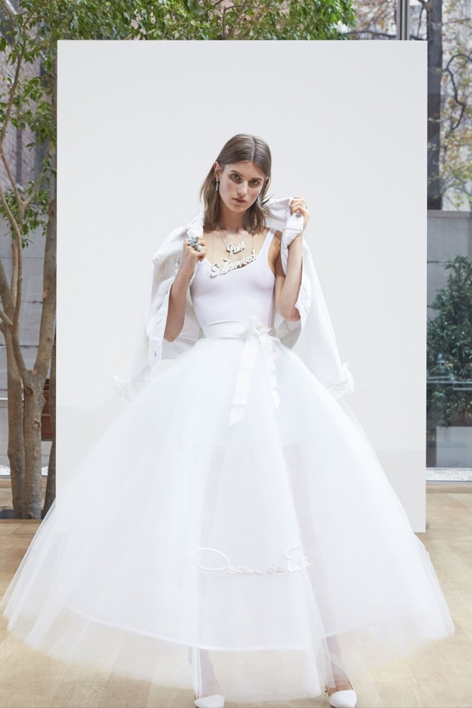 Oscar de la Renta Bridal (Courtesy of Vogue.com)