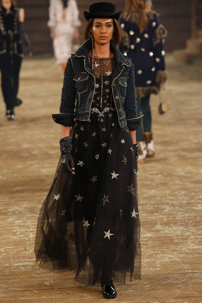 Chanel pre-fall2014 (Courtesy of  Vogue.Com)
