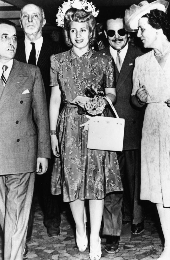 Eva Perón in 1947 (Photo courtesy of Huffpost.com)