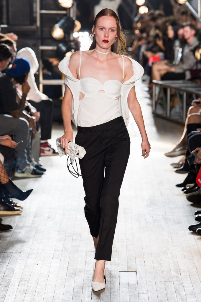 Helmut Lang's Spring 2018 Show (Courtesy of Vogue.com)