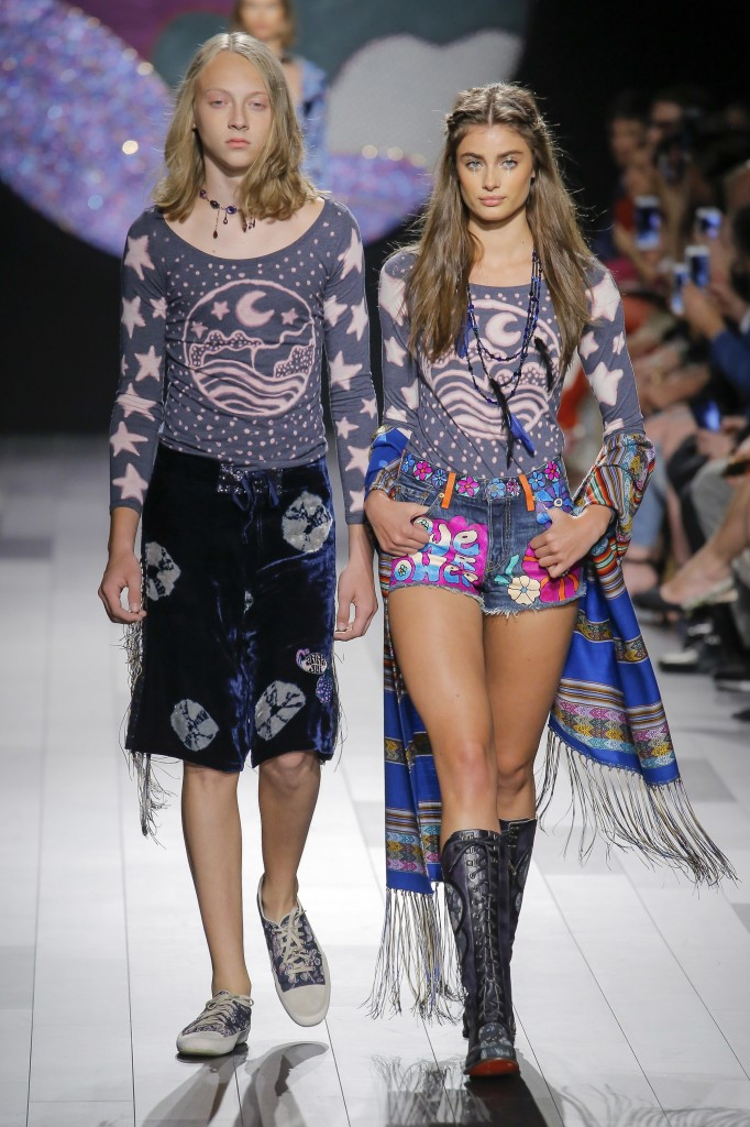 Anna Sui Spring 2018 Show (Photo courtesy of Vogue.com)