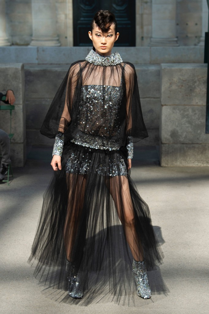 Chanel Haute Couture Runway Look (photo courtesy of Vogue.com)