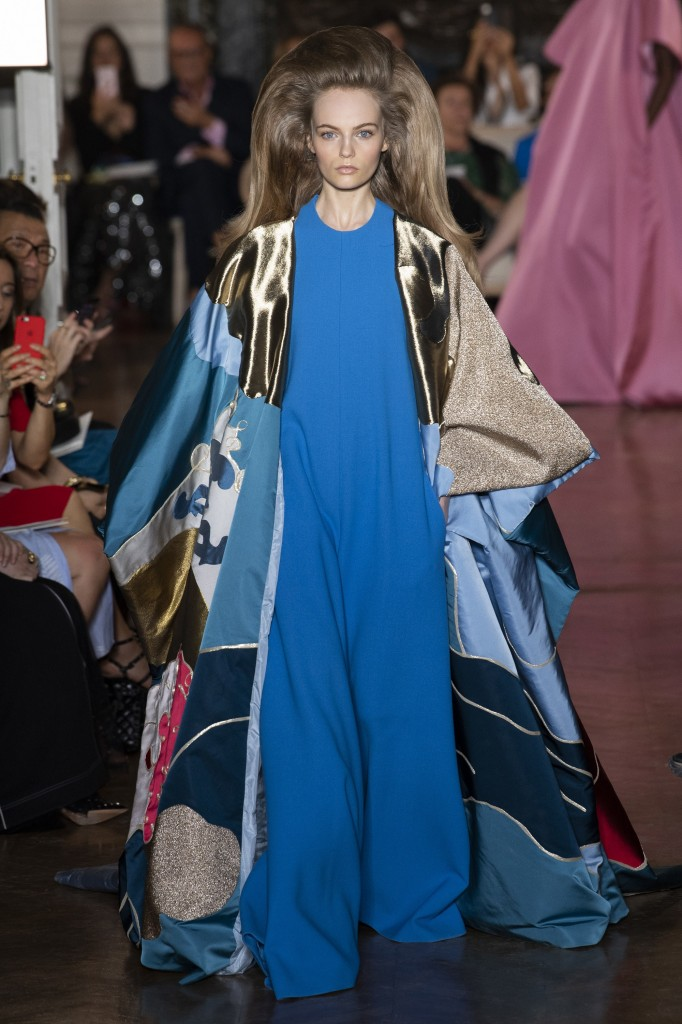 Valentino Haute Couture Runway Look (photo courtesy of Vogue.com)