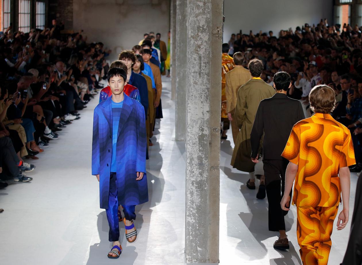 Are Fashion Shows Still Relevant University Of Fashion Blog
