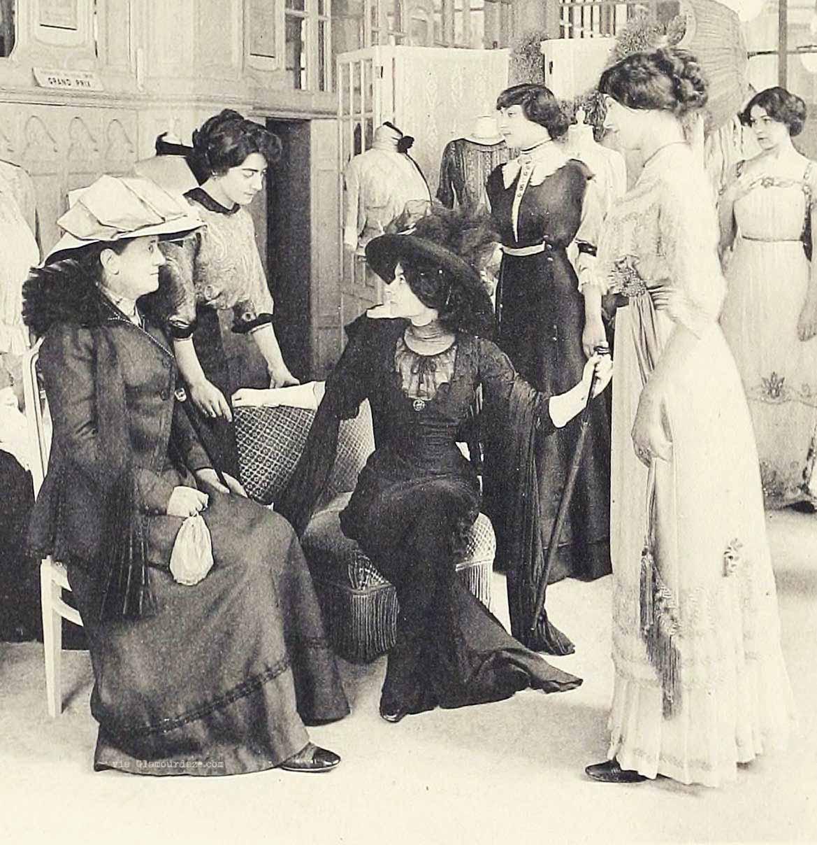 House-of-Redfern-Galerie-de-vente-Paris-fashion-1910