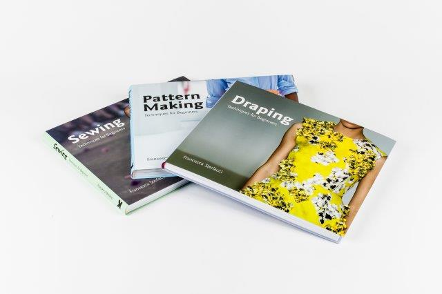 UofF Book Series - 3 Covers, Sewing 1st,arrayed staggered, isometrically-20257x13505x24