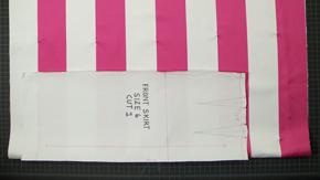 Pattern Layout on Horizontal Stripe Fabrics